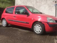 Renault Clio for sale. Just trough the mot on 16/06/2018