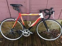 Orbea Larrau 16speed Road Bike Large 58cm Liteweight Aluminium Frame Shimano Sora Integrated Gears.