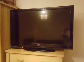 42inch HITACHI HD LCD T.V GOOD CONDITION- OPEN TO OFFERS