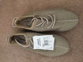 Addidas Yeezy Boost 350 trainers