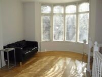 TO LET - One Bed Duplex Apt - West Didsbury (Please contact by phone - 07543099271)