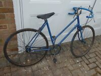 Ladies bicycle post war Raleigh with 3 speed Stermer Archer gear. good working order.