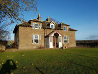 Farmhouse 4 bedroom - Invergowrie, Dundee.