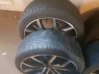 "18"" Santiago alloy wheels"