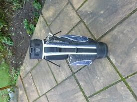 Nike Junior Golf Bag, used a couple of times, excellent condition, ideal Christmas present.