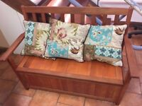 Solid wood garden/living room bench with storage