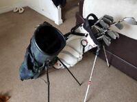 Dunlop DDH golf clubs plus Taylor made bag