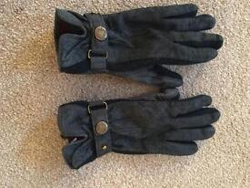 Dentons Suede Gloves (small)