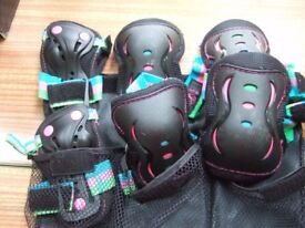 Triple protective pad set for roller skating/skateboarding: knees, elbows, wrists. Size small.