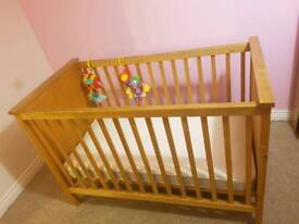 Solid pine cot