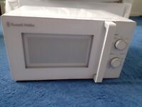 Russell Hobbs 800w Microwave, Bright White, Model RHM2077 (with Manual), 20 litre capacity