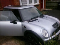 Mini Cooper S NEEDS CLUTCH! very good runner & condition Salvage for Spares or Repair No Body Damage