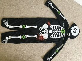 Child's skeleton fancy dress custume 3-4 yrs