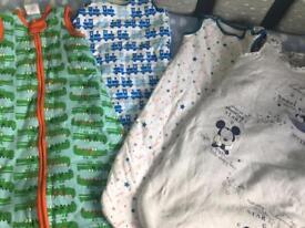 4 baby sleeping bags 0-6 months new & unused