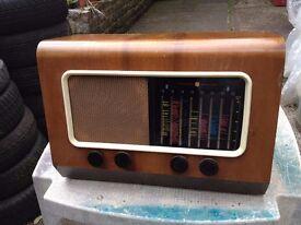 Vintage Tube type World Band Radio