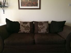 DFS 3 AND 2 SEATER SETTEES