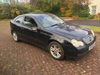 1 year Mot Mercedes Benz C class c180 6 speed manual fsh