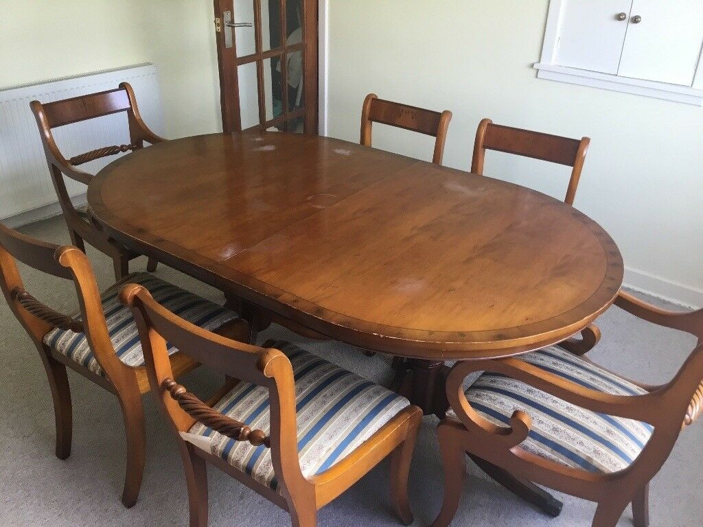 Yew Dining Room Table With 6 Chairs