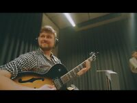 Guitar teacher/Guitar lessons in Glasgow City Centre