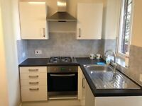 2 Bed Flat Offered by Private Landlord