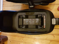 Maxi-Cosi FamilyFix ISOFIX Base For Pebble & Pearl Car Seats Excellent Condition