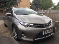 Toyota Auris Hybrid Excel Rouring Estate