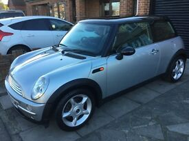 MINI COOPER FULL LEATHER AND PANORAMIC ROOF