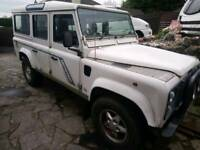 Landrover defender 110 County 12 seat