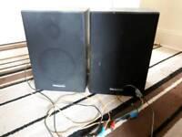 Pair panasonic speakers
