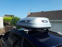 THULE LUGGAGE BOX