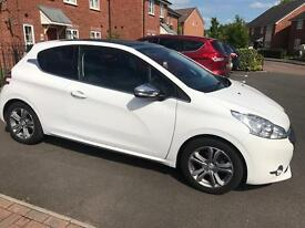 Peugeot 208 style 1.2 2015