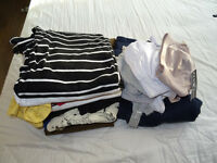 Boundle of 11 materinty clothes with extras!!!