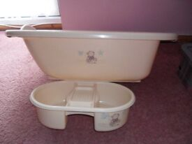 Cream baby bath with matching top and tail bowl
