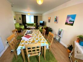 Immaculate Condition 3 bedrooms Flat near Barking Station -