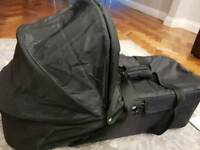 Baby Jogger Baby Cot/ Bassinet and extra Free mattress!