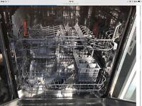 Hotpoint Aquarius Integrated Dishwasher - Like New