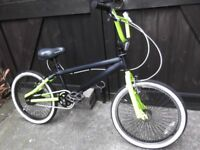 BMX BIKE GOOD CONDITION NEW PARTS.