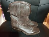Stirrups Ladies brown Cowboy Boots Size 3 - Great condition - never worn - Real Leather!