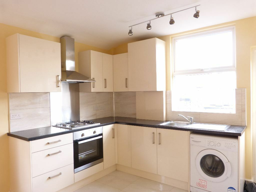 Newly Refurbished, Ultra-Modern Top Spec Period Maisonette - SW17