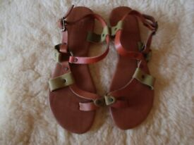 NEW GIO & MI LADIES TAN/MULTI 100% Leather Toe Strap Flip Flop Sandal UK 6 (39)