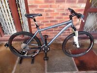 Specialized Rockhopper Pro 19 in Mountain Bike Excellent Condition £600 No Offers!
