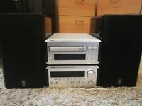 Yamaha Natural Sound RX-E100 Stereo Receiver & CDX-E100 Compact Disc Player