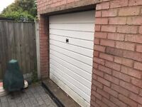 Canopy Garage Door (white) including 2 x Keys and Rails