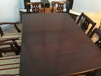 Mahogany extendable table and 6 chairs