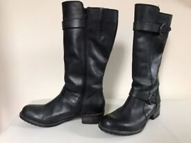 Real Leather knee high Boots - Size 7 - Worn once