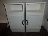 PAIR OF BEDSIDE TABLES CABINETS, WHITE WITH BLACK HANDLES