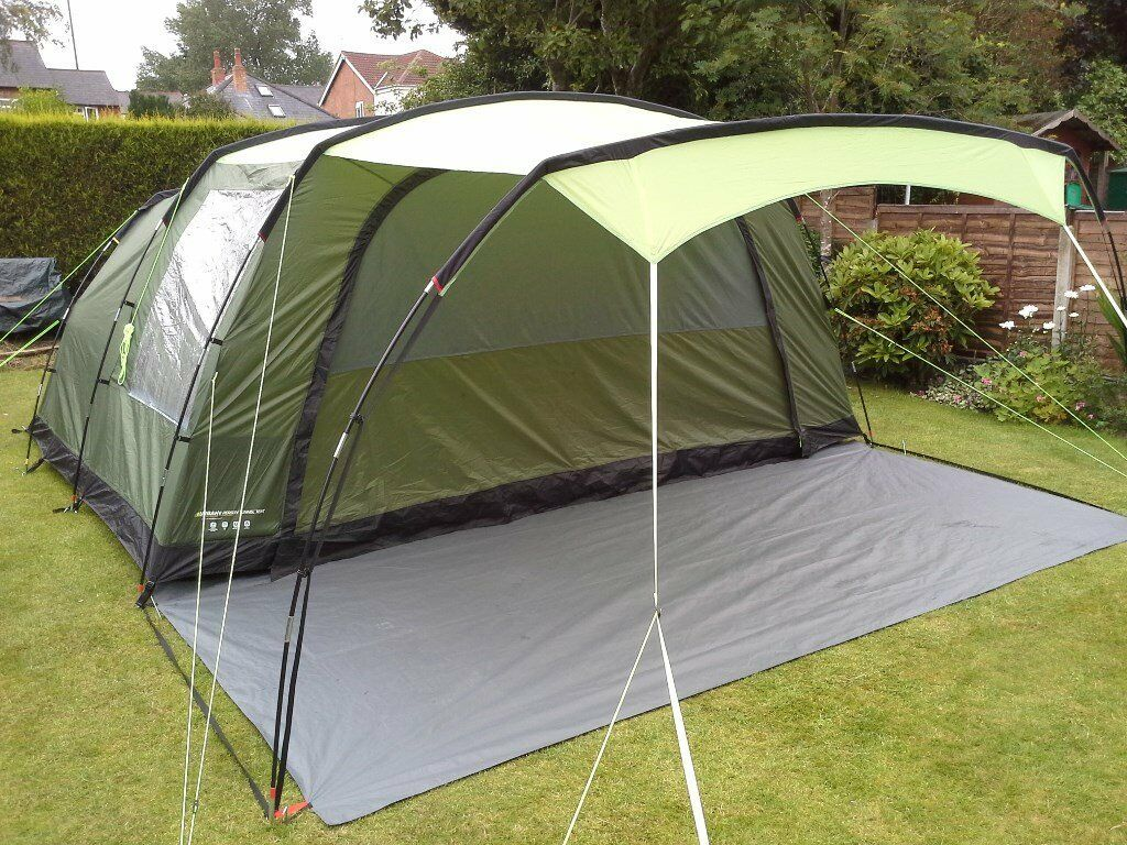 Halfords Urban Escape 6 Man Tunnel Tent Ex Display And