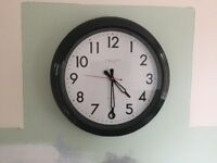 """Large Black London Clock ideal for Kitchen approx 17"""""""