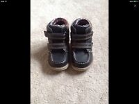 Toddler boys boots size 6
