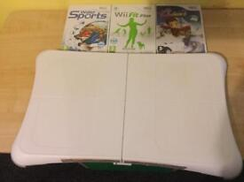 WII BOARD AND GAMES